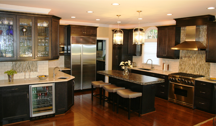 Transitional kitchen a mix between traditional and contemporary!