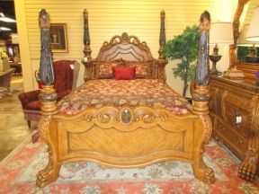 89143 Collezione Europa Four Poster Bed In A Queen Size Wow Is This An Impressive Bed Such Beautiful Details Li Bed Best Bedding Sets Beautiful Bedrooms