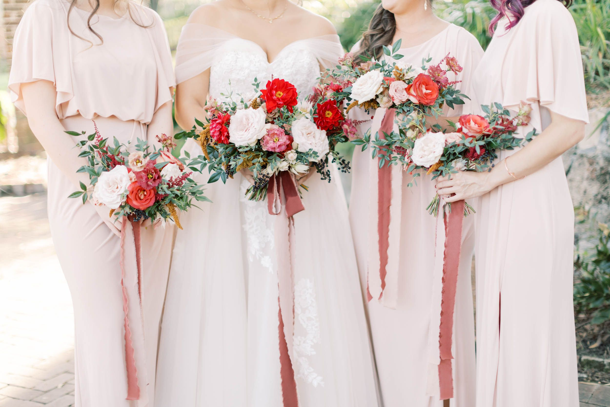 Gorgeous Red And White Wedding Bouquets Paired With Blush