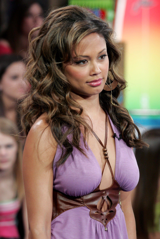 Vanessa Minnillo @ BestEyeCandy.com   Vanessa minnillo, Famous people celebrities, Hottest ...
