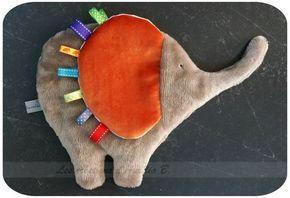 Doudou éléphant d'Arthur - Les Créations d'Aurélia B. #toysforbabies