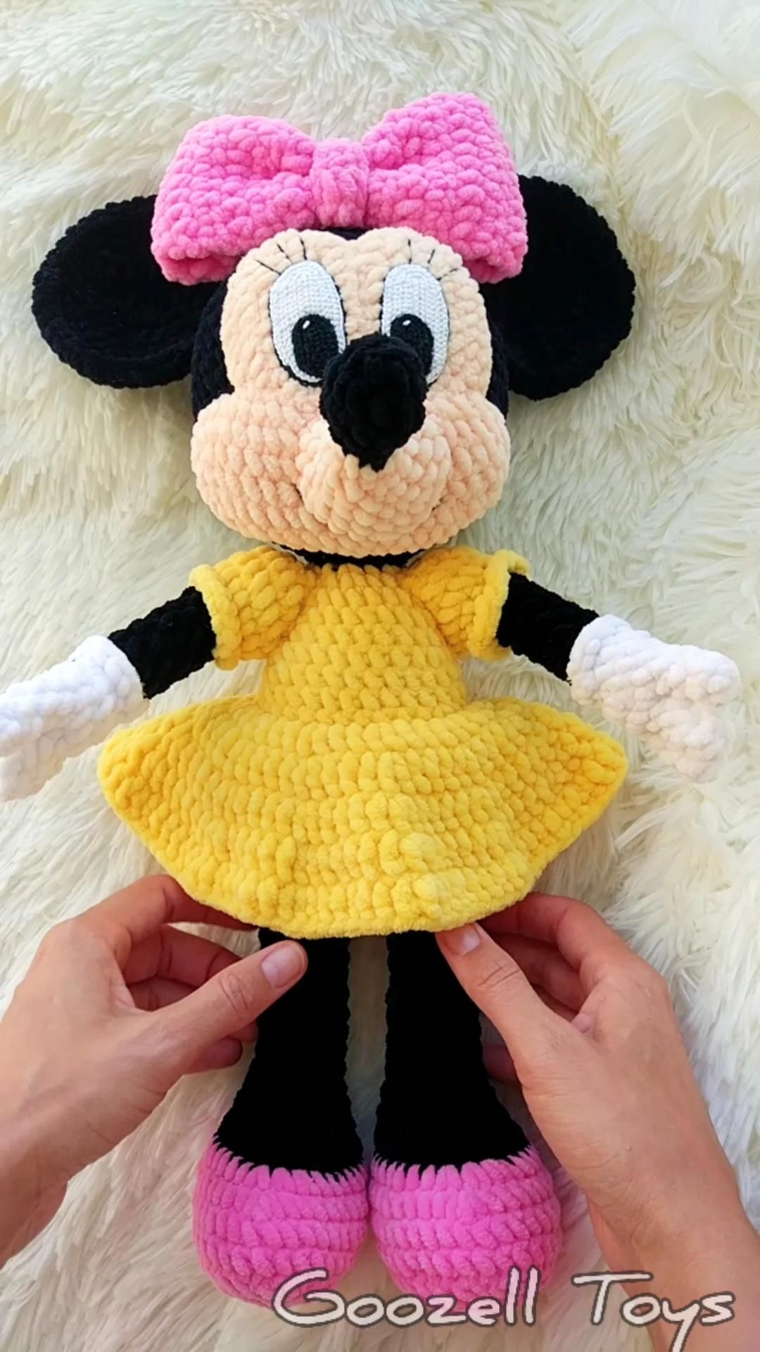 Minnie Mouse Crochet pattern - Disney crochet pattern - Amigurumi Knitting Toy PDF pattern
