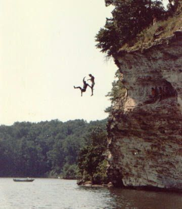 Go Cliff jumping