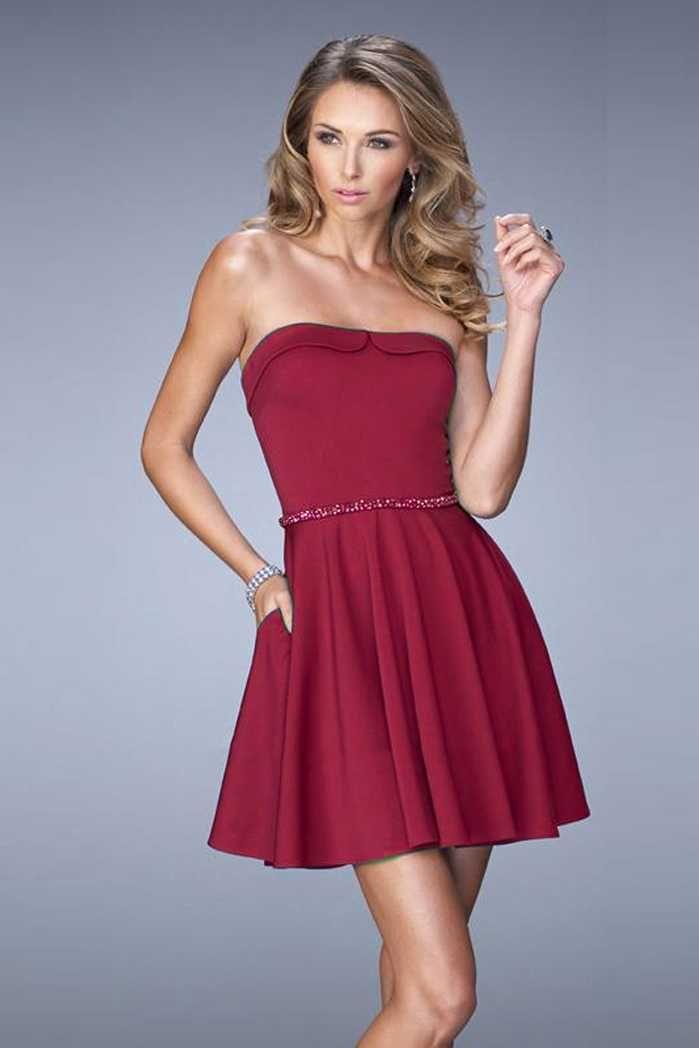 La Femme 22023 Sweetheart Wine Homecoming Dresses With Beaded Belt