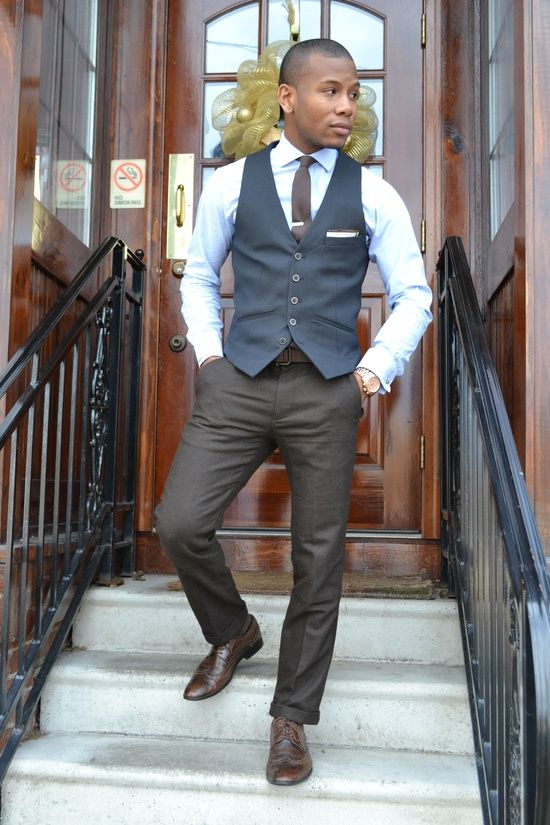 3790e2d2dce33 pocket square in the vest // #style #class #details | style ...