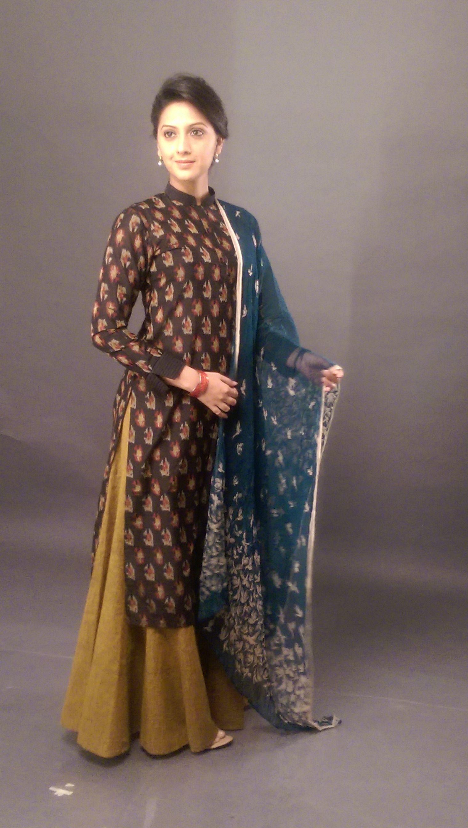 Indian Style Beautiful Indian Actress Marathi Saree Black Saree