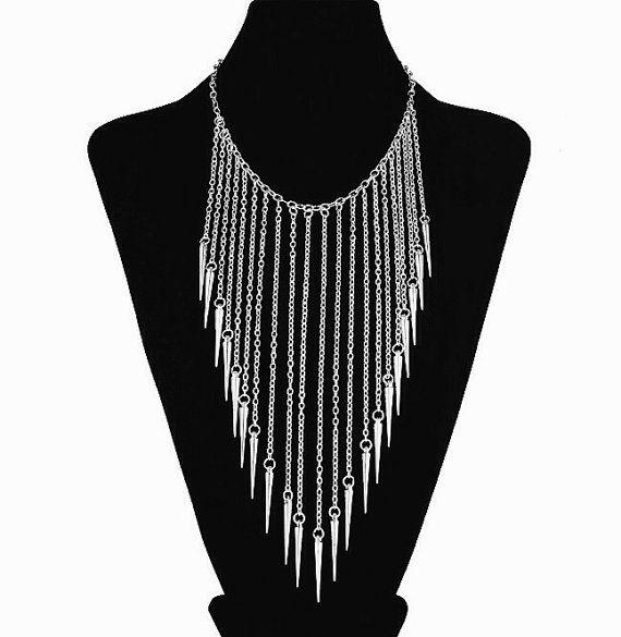 Women/'s Multilayer Spike Rivet Tassels Chain Bib Statement Necklace Punk Pendant