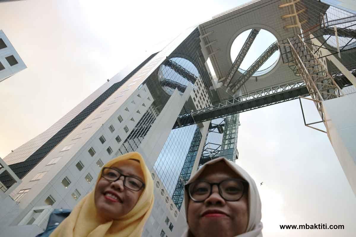 Umeda Sky Building jepang
