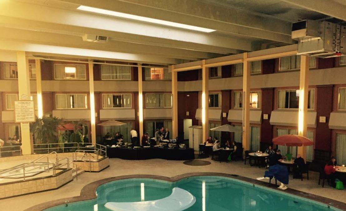 Grandhotel Minot Hotel Travel Vacation Nd Northdakota Grand Hotel House Styles Hotel