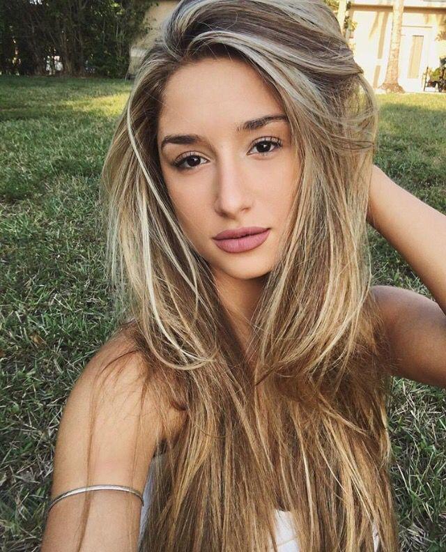 Savannah montano hair color
