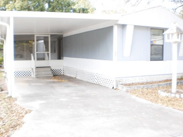 Mobile / Manufactured Home in Tampa, FL via MHVillage.com