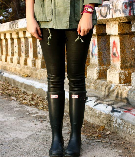 Crossroads blog! #blog #blogger #fashion #style #joesjeans #joes #jacket #hunter #hunterboots #lamer #watch #style #winter