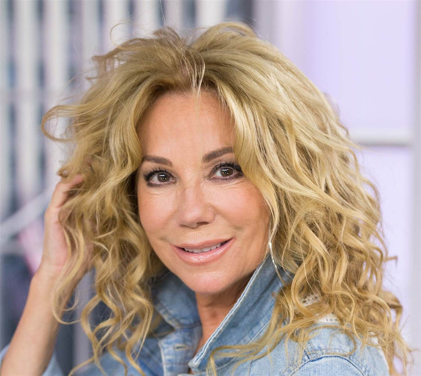 yowza! here's how you can rock kathie lee's youthful