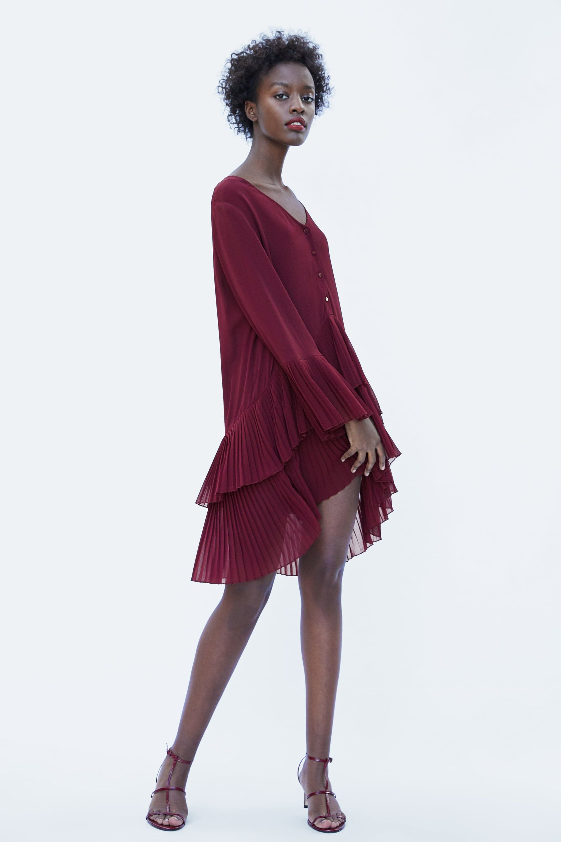 b10e4d1d Image 1 of CONTRASTING PLEATED BLOUSE from Zara | FW'18 Closet Adds ...
