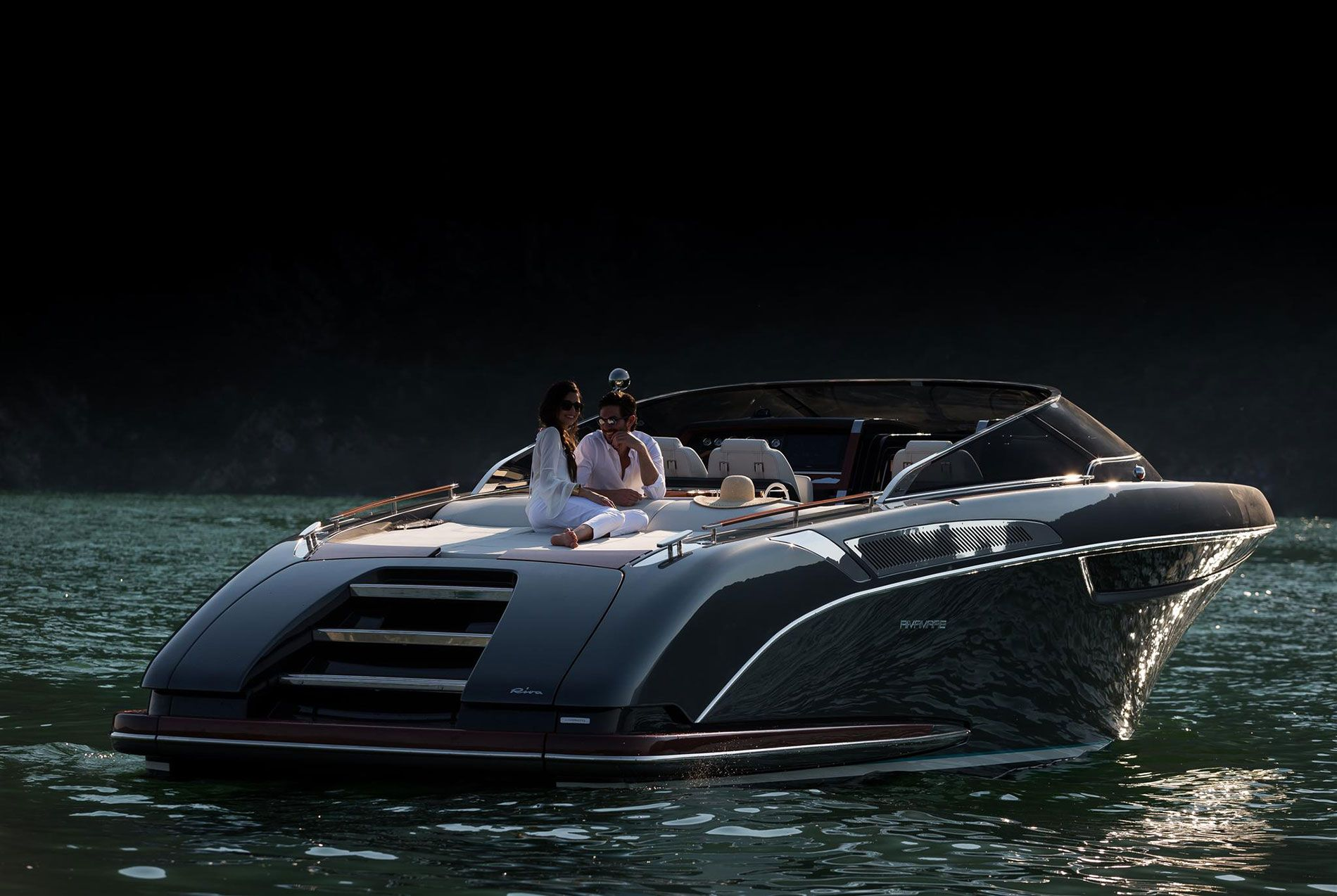 Riva Rivamare   Exterior   Aft area   Speed boats, Boats luxury, Boat