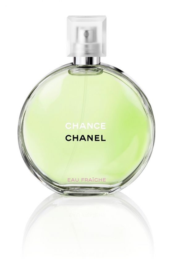 Delve Into The Newest Chanel Fragrance To Join The Chance Family Chance Eau Vive The Light Refreshing Scent That Is Fu Perfume Chanel Fragrance Perfume Gift