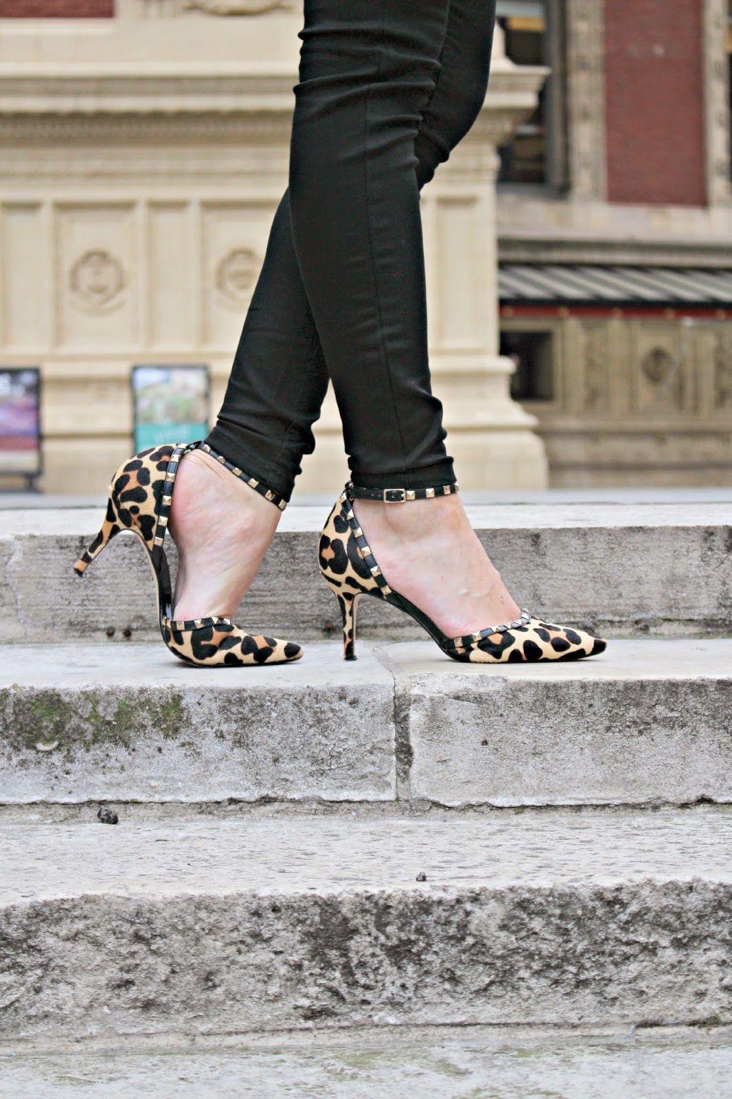Roller shoes london - 3 Ways To Wear Black Skinny Jeans 2