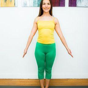 posture de yoga  posture de la montagne ou tadasana