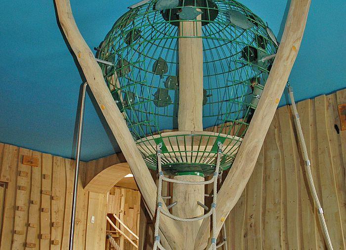 Indoor Klettergerust Kletterbaum Ziegler Spielplatze