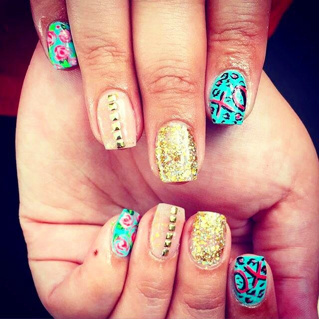 Getting ready for the week with a #BetseyJohnson mani makeover!  #NailedIt