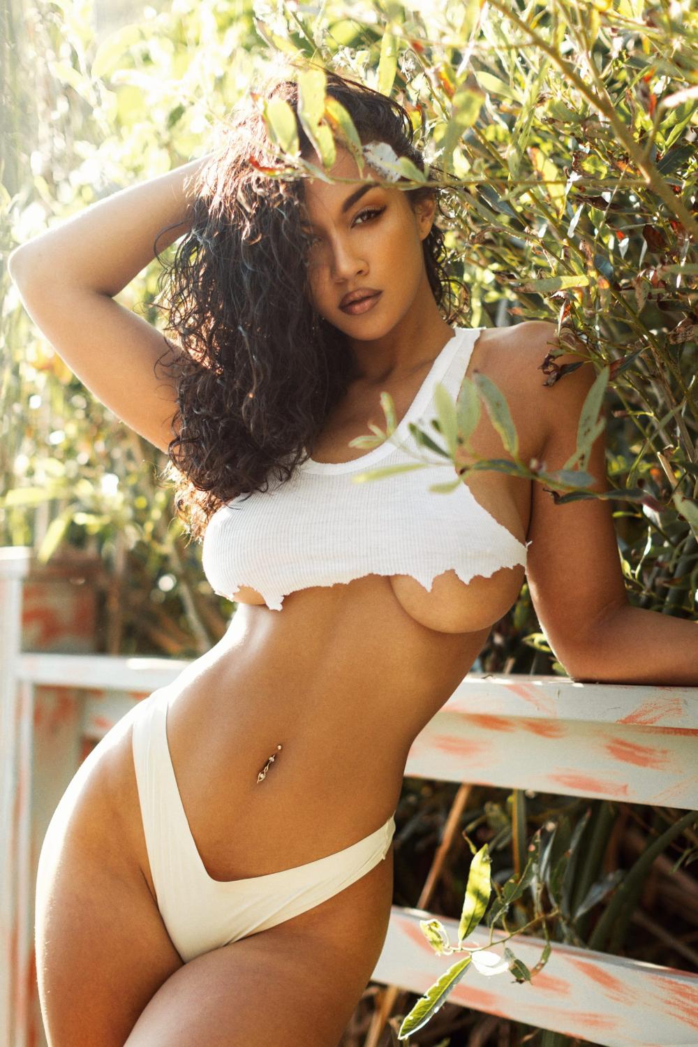 Kayla Csa Model Swimwear Curve Model