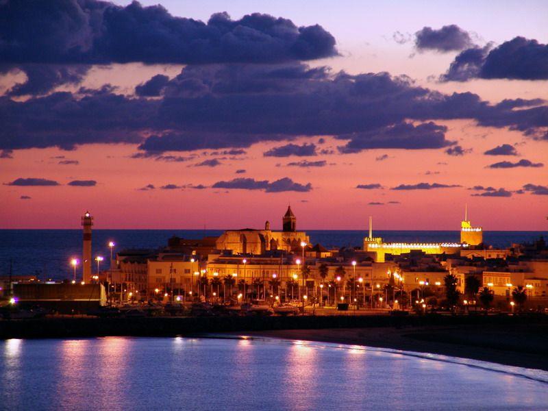 Aquí es donde vivo…en el paraíso... Villa De Rota,  España