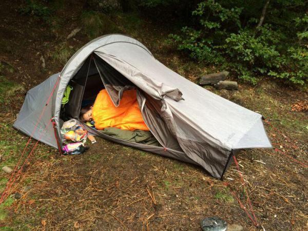 Tente De Trekking Quickhiker Ultralight 2 Personnes Gris Clair Sac De Survie Gris Clair Tentes