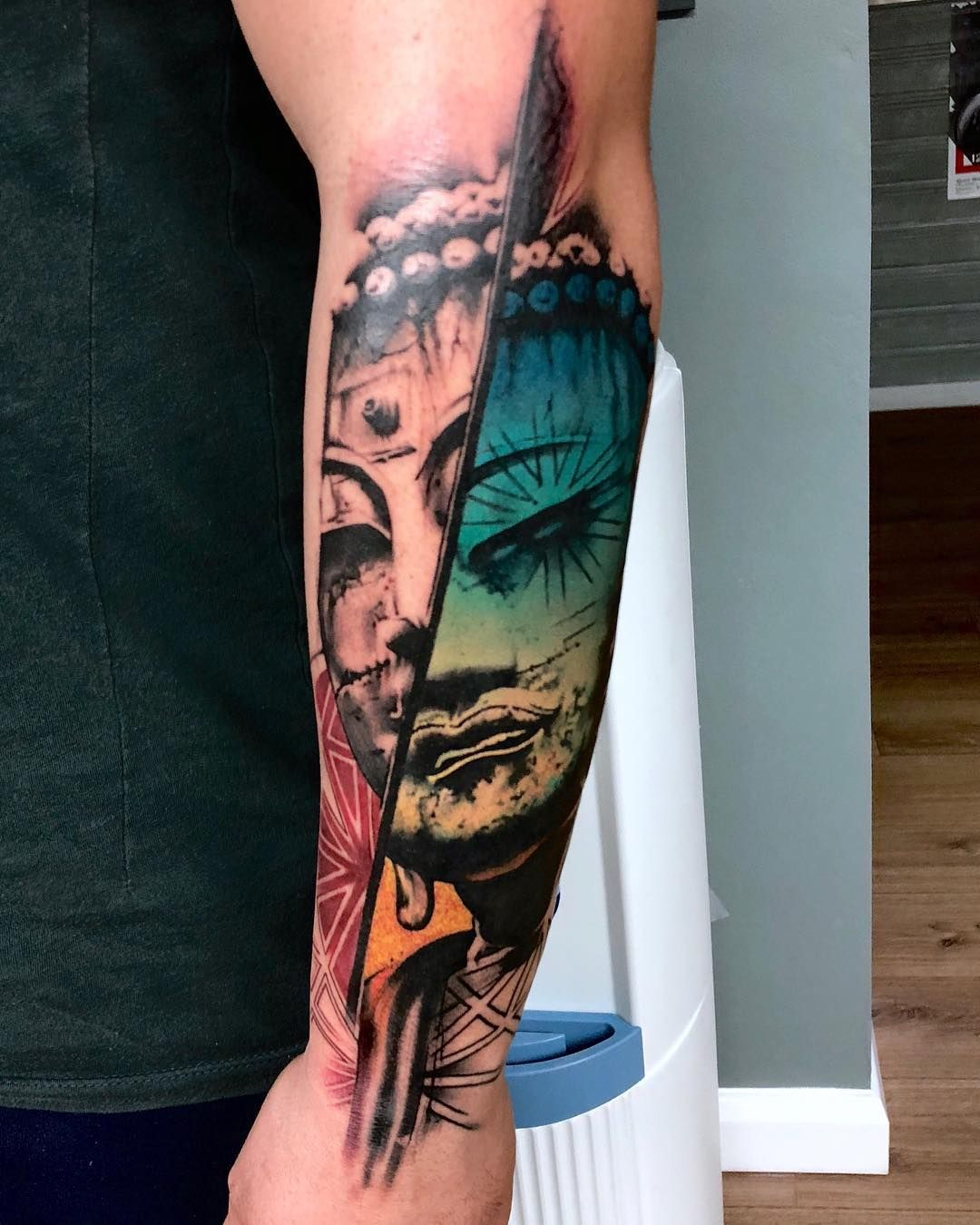 Abstract Portrait Tattoo By Rich Harris Incredible Tattoos Different Styles Of Tattoos Abstract Tattoo