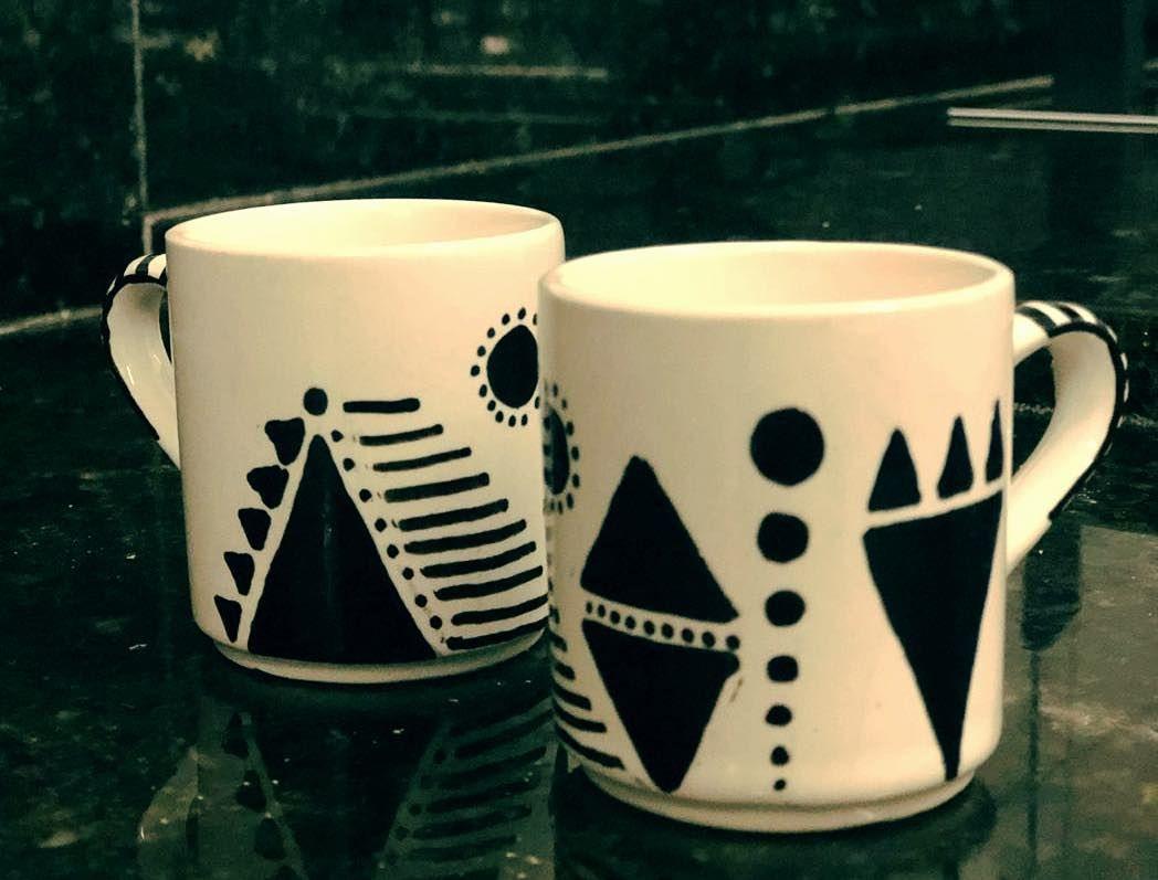 Arte em Cerâmica Café com arte . Em breve, à venda. #rabiscoterapia #canetacompactor #arteemc... #ceramiccafe