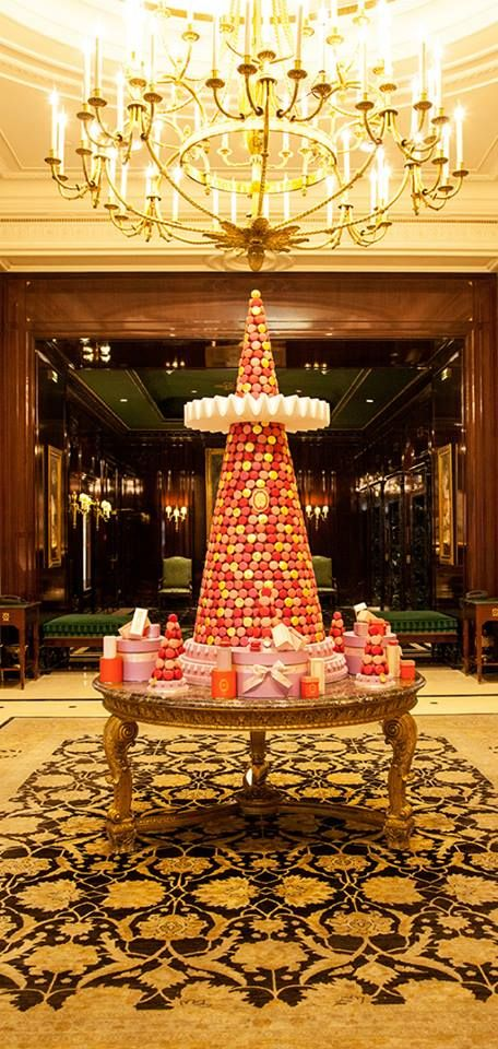 Laduree christmas paris christmas around the world for Laduree christmas