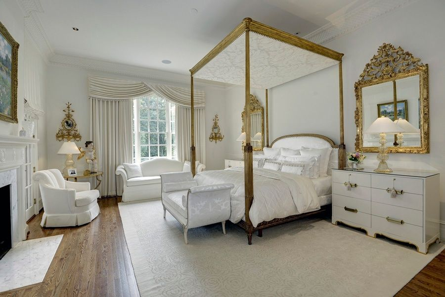 Great Traditional Master Bedroom With Carpet Crown Molding In Mc Lean Va French Style Bedroom Country Bedroom Design Country Style Bedroom
