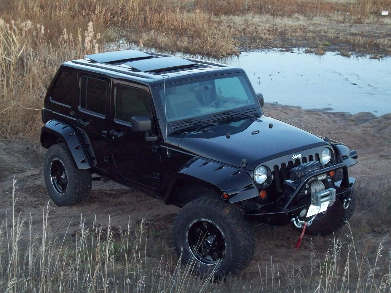 Make Your Jeep Stand Out With The Fastback Hardtop Double Electric