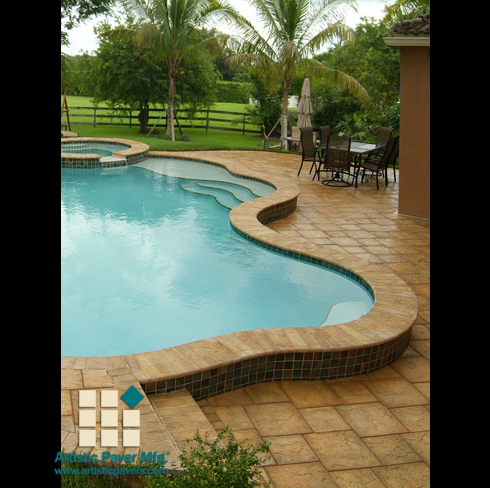 Raised Pool Border With Two Sided Bulnose Coping Pool
