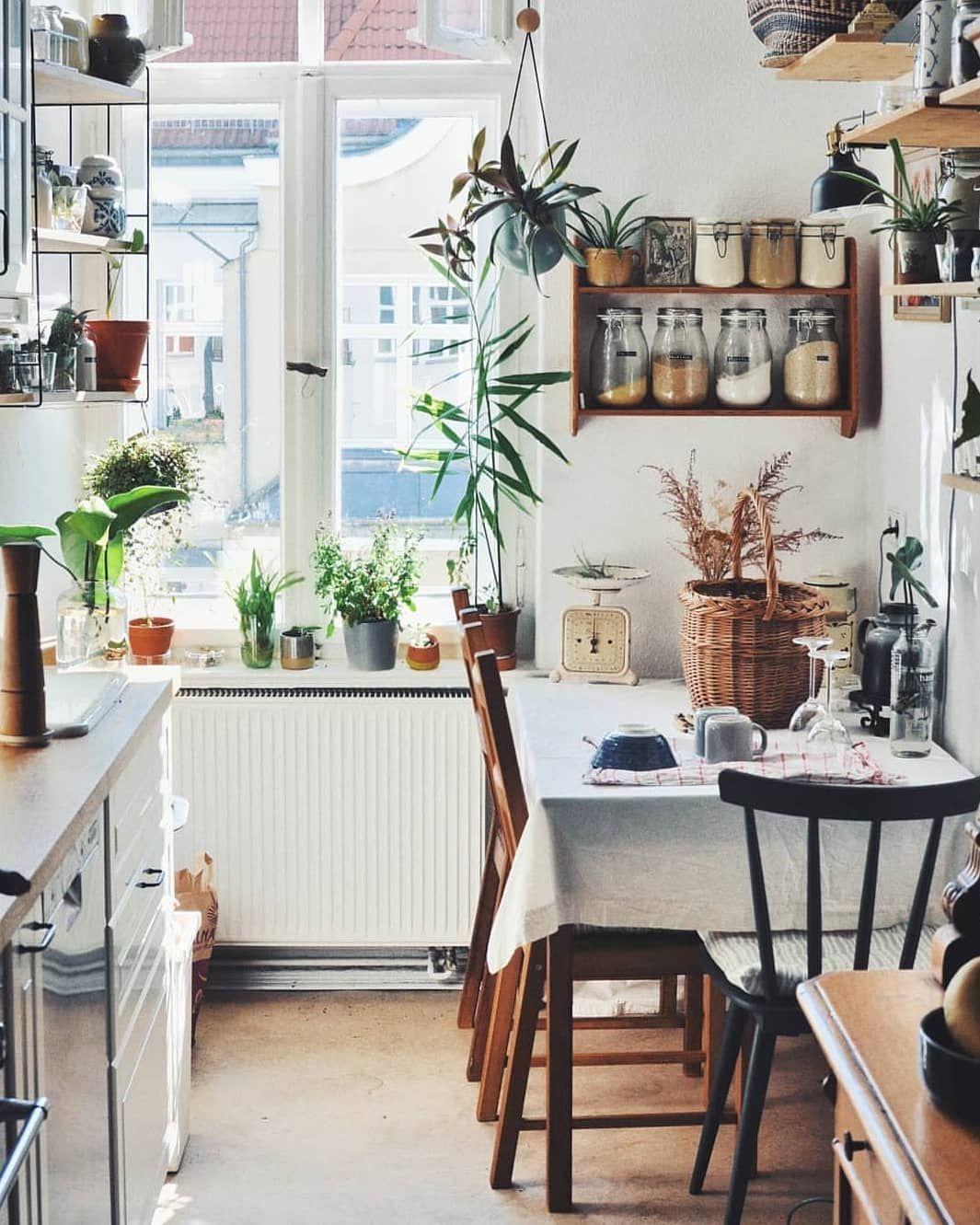 Solebich De On Instagram Ein Entspanntes Wochenende Lautet Heute Mitglied Frau Seekuh Mit Ihrer Schone Wohnung Innenarchitektur Kuche Einrichten Boho Kuche