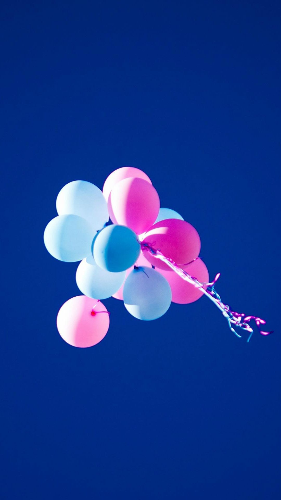 Flying Balloons In Blue Sky Iphone 7 Wallpaper