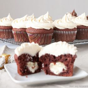 Sweet Twist of Blogging: Red Velvet White Chocolate Cupcakes, Lynn Crawford and a Giveaway