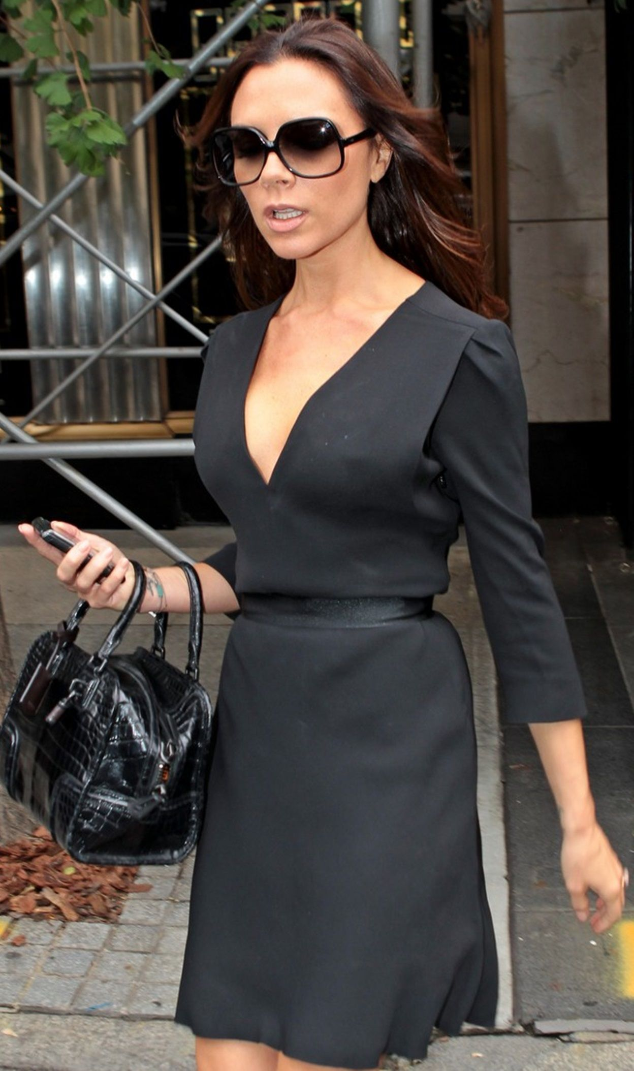 Black dress victoria beckham - Find This Pin And More On Clothes Inspiration Little Cute Black Dress Victoria Beckham