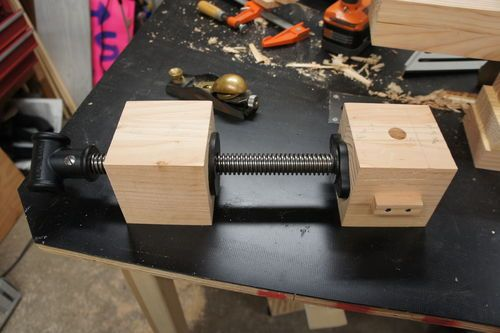 Tavolo Da Lavoro Roubo : Building my roubo bench building the wagon vise by andy