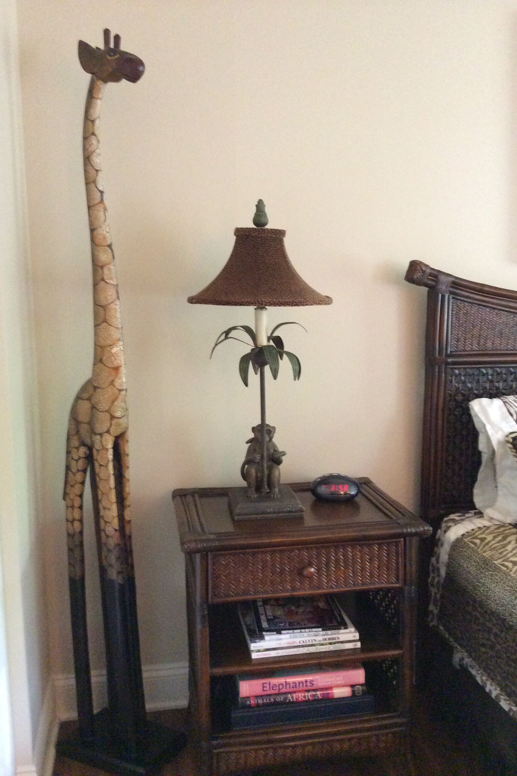 Palm Tree Bedroom Furniture Safari Bedroom Now Has Pier One Furniture And Giraffe Lamp Ive