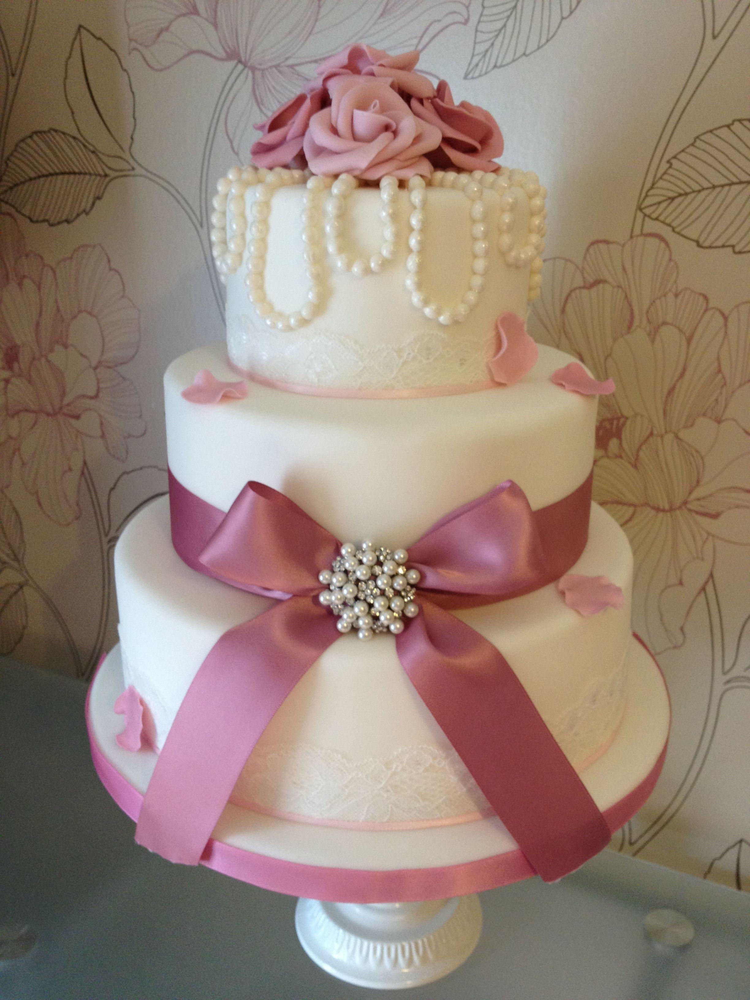 Vintage pearl u rose wedding cake simple elegance cake ideas for