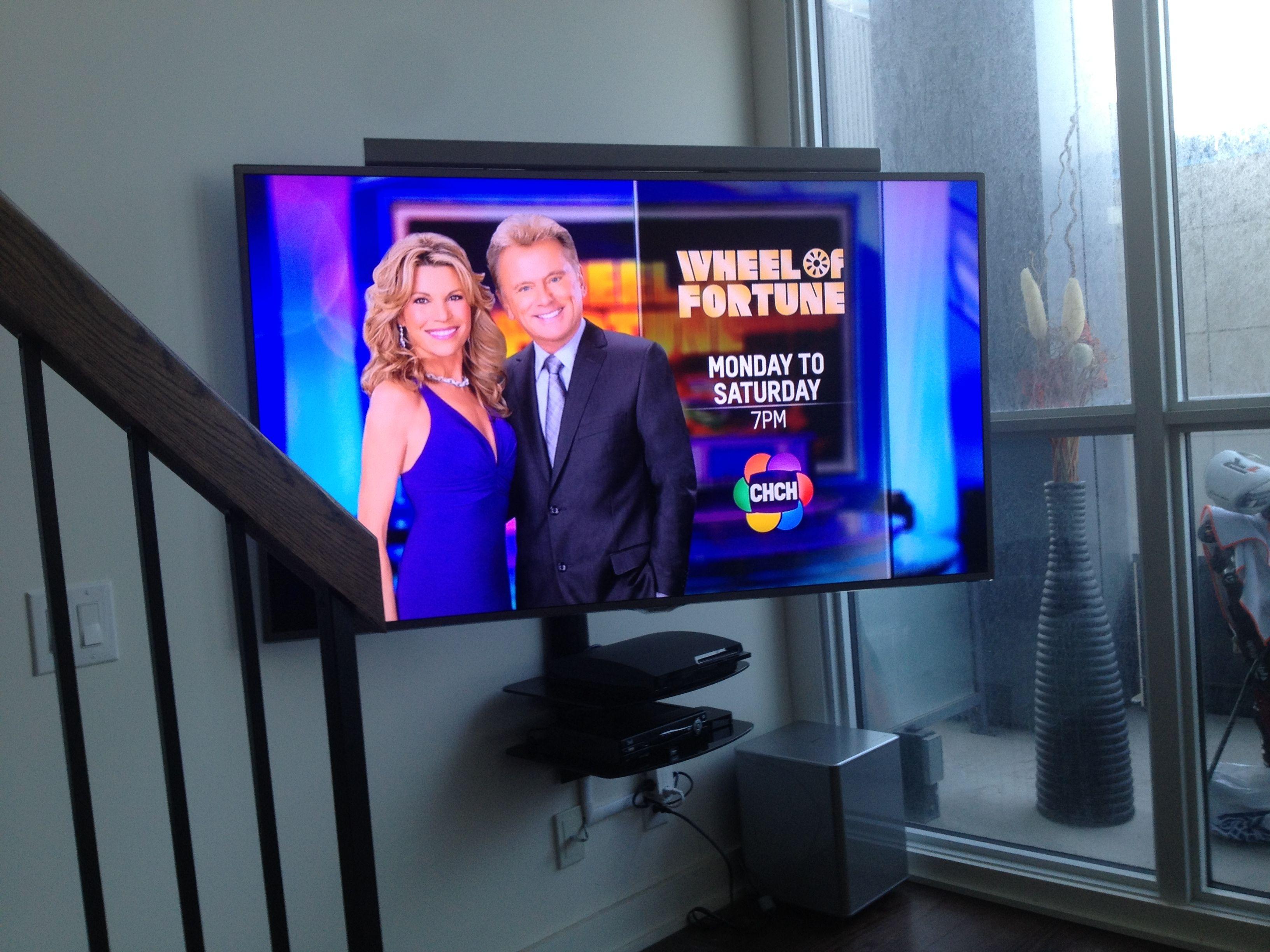 Soundbar Installation Above Tv Swiveling With Full Motion Wall Mount Sound Bar Wall Mounted Tv Tv Bracket