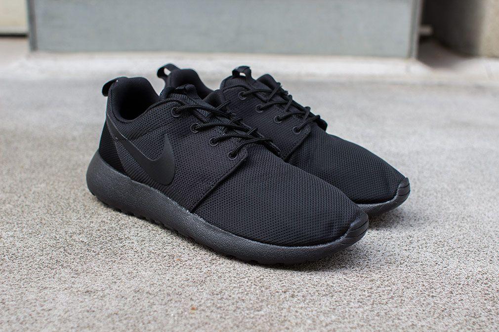 Nike Roshe Courir Triple Vente Noir