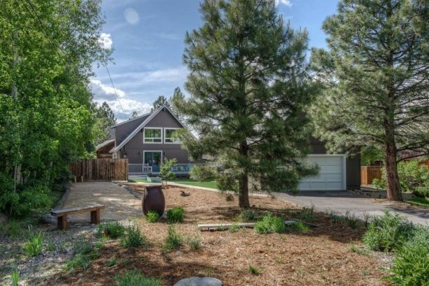Get this amazing charming house with beautiful landscape and large garage for 2 cars. It is available in Truckee at Granger Group.