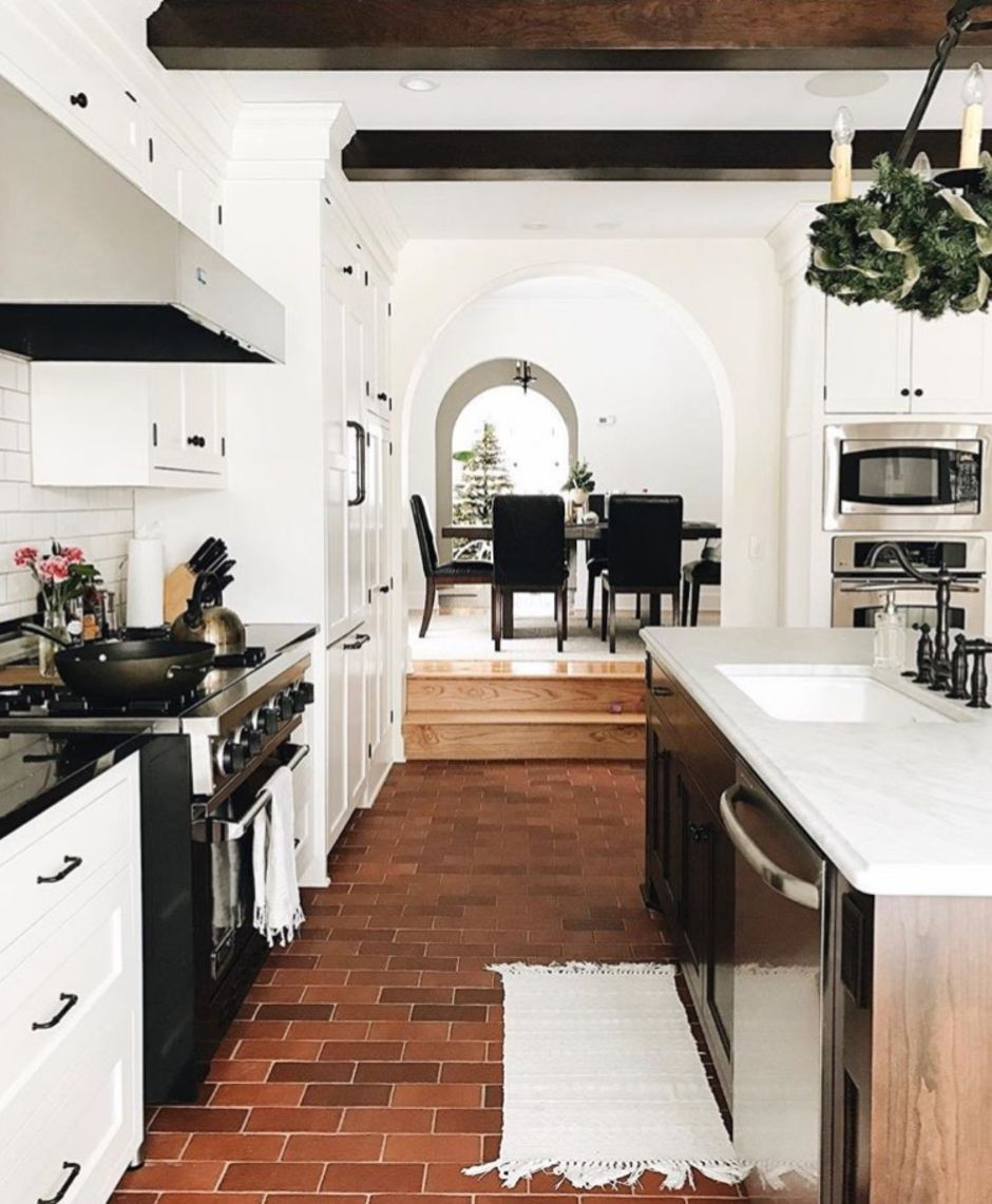 40 Amazing Brick Floor Kitchen Design Inspirations