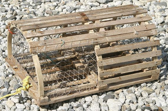 Antique Rare Vintage Wooden Very Rare Maine Lobster Trap Or Lobster