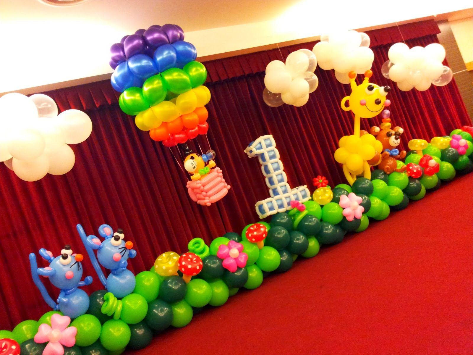 Party balloons decorations - Balloon Decoration