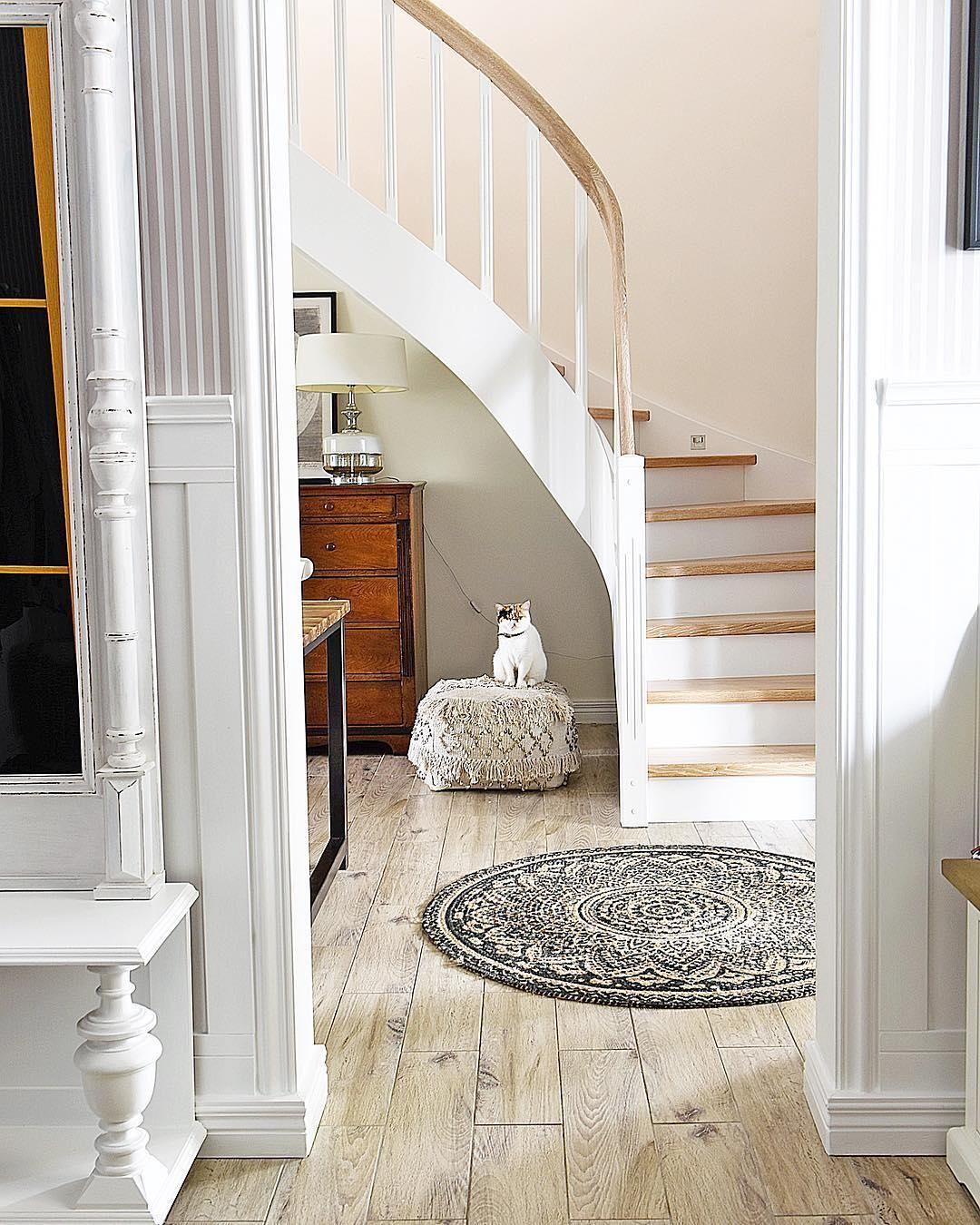 runde teppiche great kleine runde teppiche sehen so s aus. Black Bedroom Furniture Sets. Home Design Ideas