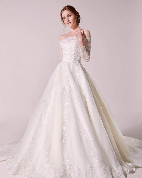 c69e5fce8f6d Fairytale bride: 12 gorgeous off-shoulder wedding dresses we love |  herworldPLUSDress: @digiobridal