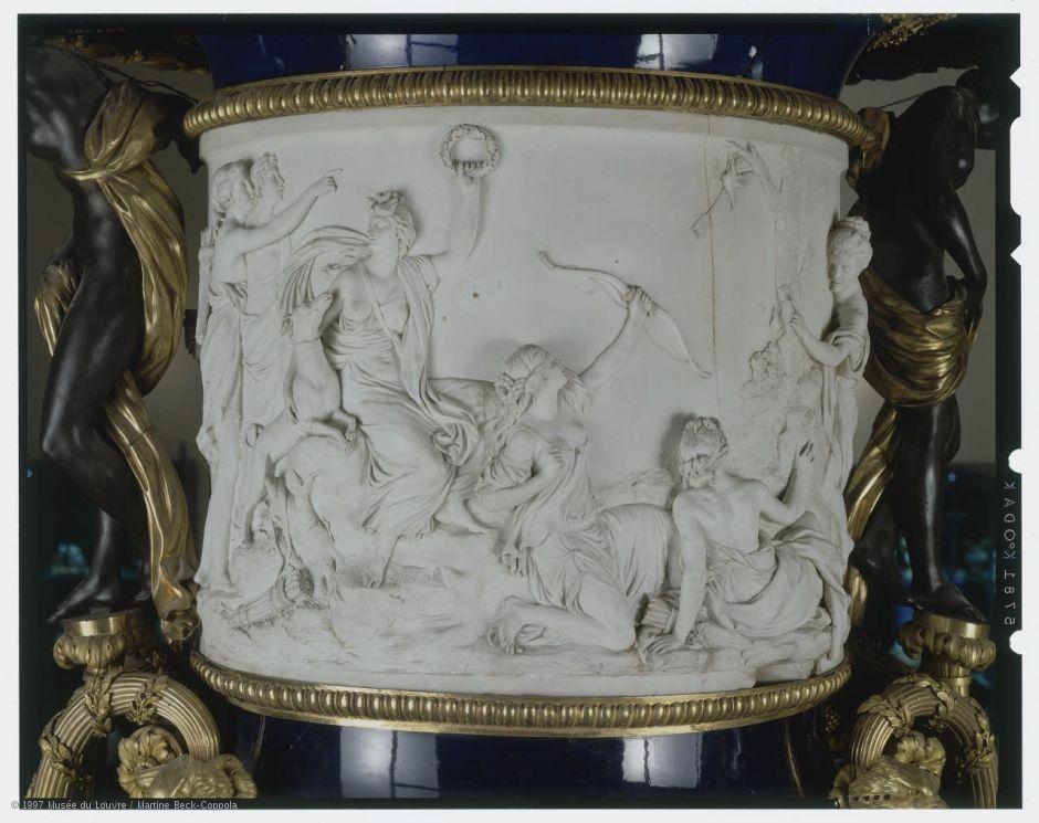 manufacture royale de porcelaine de s vres grand vase fond beau bleu 1783 mod le de louis. Black Bedroom Furniture Sets. Home Design Ideas