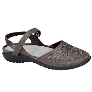Arataki Sandal in Gray Shimmer   Closed